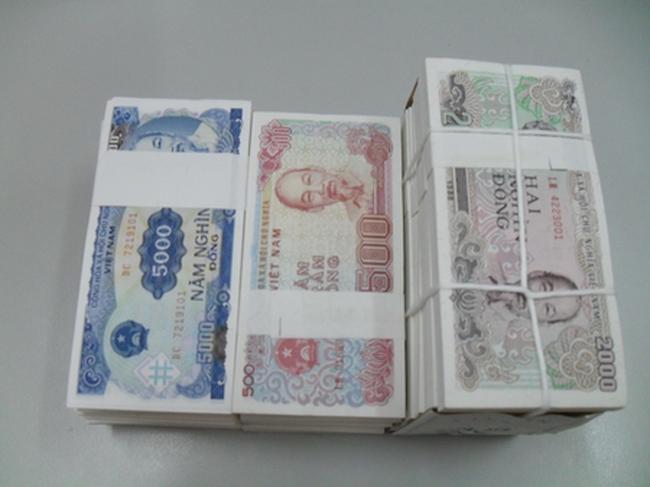 Xử phạt dịch vụ đổi tiền lẻ