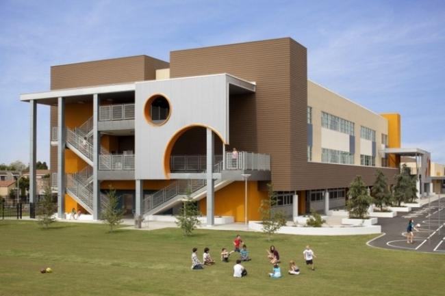 Mỹ buộc đóng cửa 1000 trường học vì bị đe dọa đánh bom