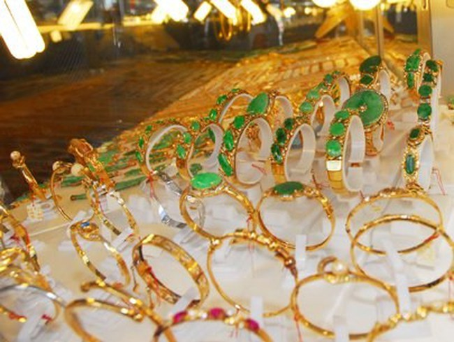 Giá vàng giảm tiếp về quanh 34,4 triệu đồng/lượng