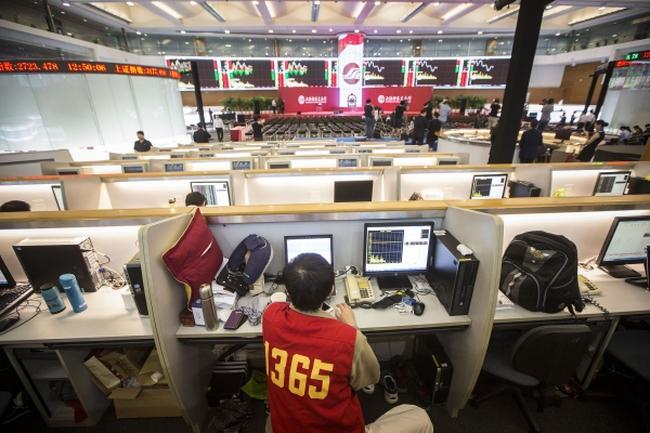 TTCK Trung Quốc - Khi đổ vỡ nhanh chóng bị lãng quên