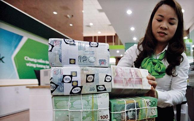 Chuyển động ngầm trong ngân hàng trước mùa báo lãi quý 3