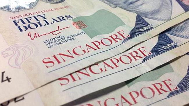 Đôla Singapore rớt xuống mức thấp nhất 7 năm