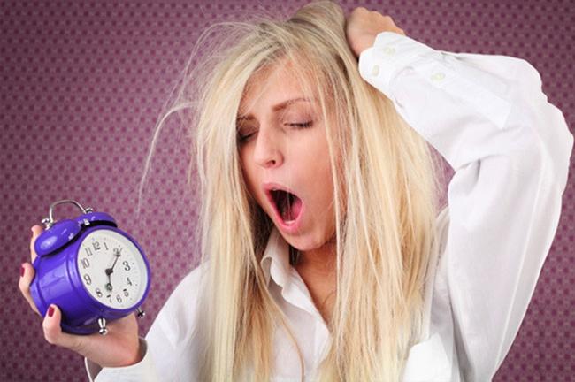 6 cách giúp bạn thức dậy sớm mà không cảm thấy mệt mỏi