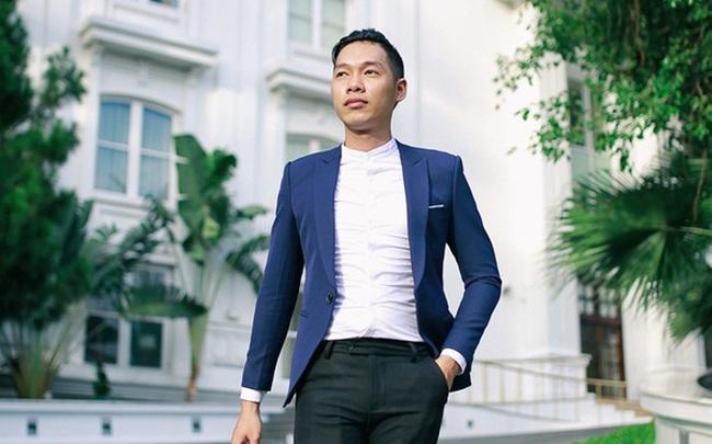 Bỏ ngang đại học, chàng trai 9X thu nhập nghìn đô/tháng nhờ dạy Tiếng Anh