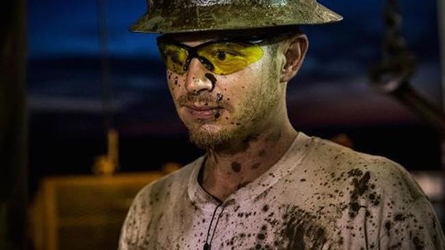 Giá dầu đảo chiều giảm xuyên mốc hỗ trợ 53USD/thùng