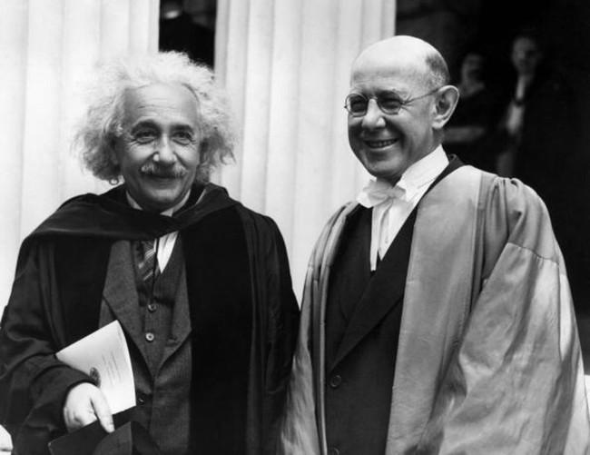 Khoa học chứng minh, thông minh với giàu chẳng liên quan gì đến nhau