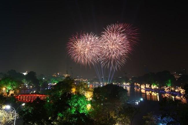 Không bắn pháo hoa dịp Tết, Hà Nội tiết kiệm được bao tiền?