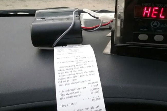 Lái xe taxi không in hoá đơn cho khách bị phạt đến 3 triệu đồng
