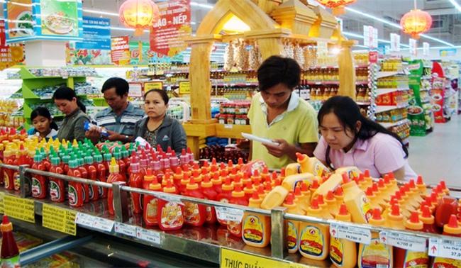 Nhà bán lẻ Việt 'bán mình' là khôn ngoan?