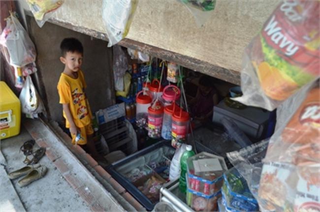 Dân Sài Gòn khốn khổ vì nhà biến…thành hầm