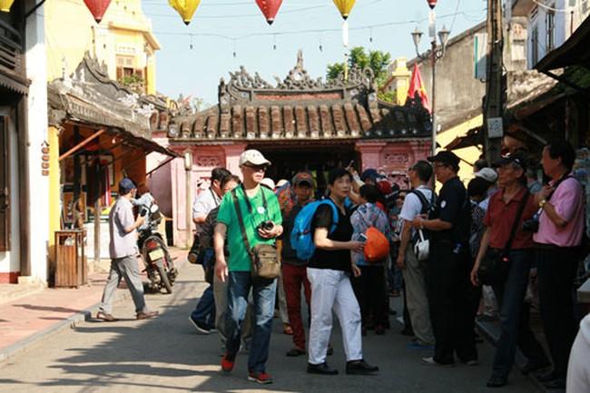 Trung Quốc đứng số một về lượng khách du lịch vào Việt Nam