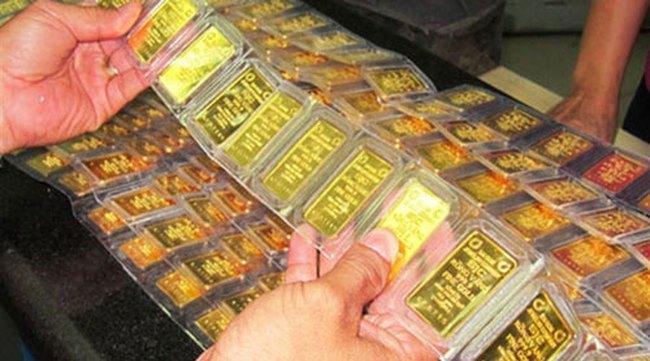 Giá vàng bắt đầu tăng nhẹ sau khi đồng USD giảm nhiệt
