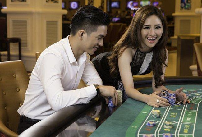 Mang hàng trăm triệu USD ra nước ngoài đánh bạc?