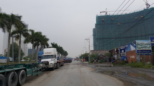 Nhà cao tầng mọc lên đến đâu hạ tầng quá tải đến đó, TPHCM đang nghẹt thở