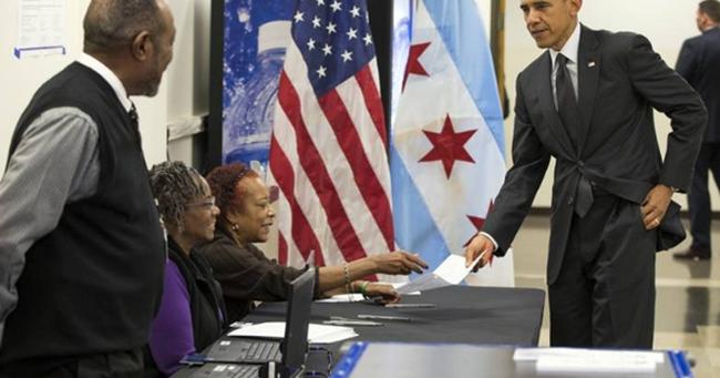 Tổng thống Obama đi bỏ phiếu sớm trước ngày bầu cử 8/11