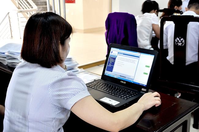 Kê khai hồ sơ qua mạng rút ngắn thời gian đăng ký cho doanh nghiệp