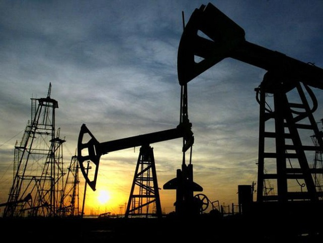 Giá dầu tăng 2% trước khi có kết quả bỏ phiếu của Anh về Brexit