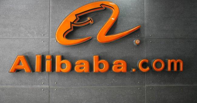 Hoài bão mới của tỉ phú Jack Ma: Tạo ra 100 triệu việc làm, tiến vào thị trường điện toán đám mây