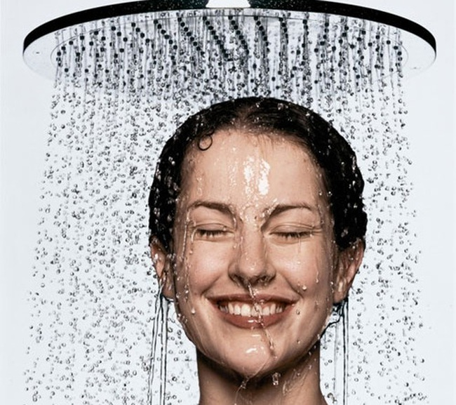 Chỉ là tắm thôi nhưng nếu không biết cách thì chẳng tốt cho da và giảm được stress đâu!