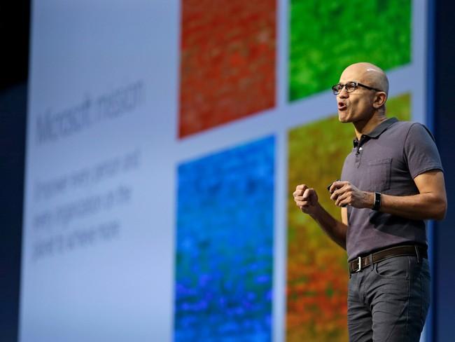 """Nhờ """"đám mây"""", cổ phiếu Microsoft cao nhất mọi thời đại"""