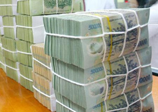 BTC yêu cầu ngân hàng trả cổ tức bằng tiền mặt: Ai có đủ thẩm quyền quyết định?