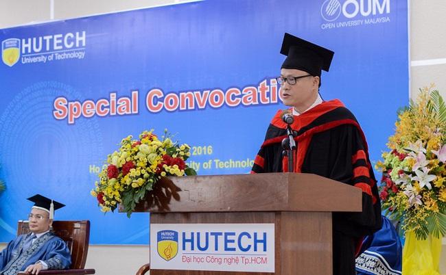 Hơn 100 Thạc sĩ Quốc tế nhận bằng MBA Đại học Mở Malaysia (OUM)