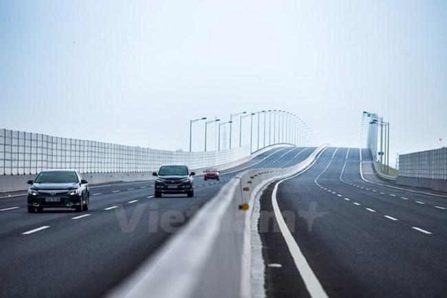 """Bộ Tài chính """"lắc đầu"""" với hàng loạt đề xuất cho dự án cao tốc Bắc-Nam"""