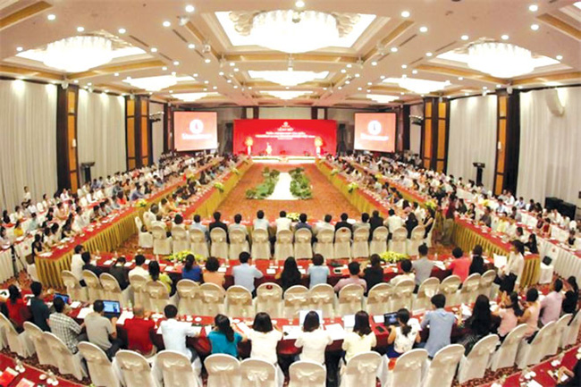 """Doanh nghiệp Việt phát triển thành """"bó"""" hay bị """"bẻ gãy"""" từng chiếc?"""