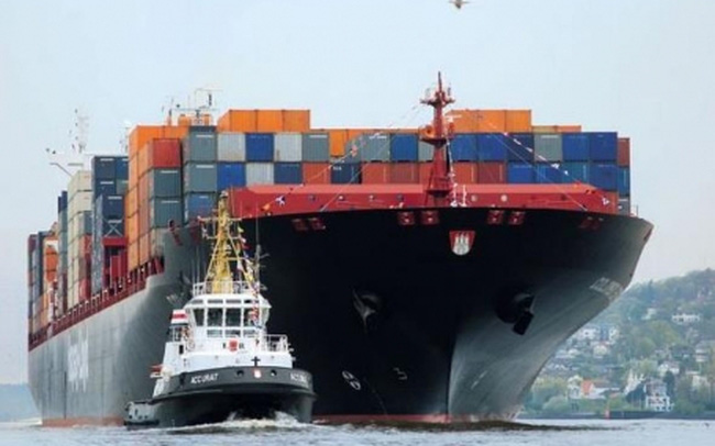 """Tàu biển """"đắp chiếu"""", thiệt hại hàng tỷ USD"""