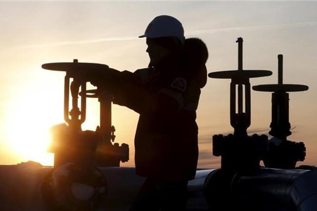 Giá dầu tăng trở lại sau 2 phiên giảm