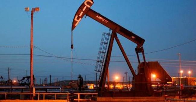 Giá dầu thế giới tăng mạnh trong phiên giao dịch cuối năm