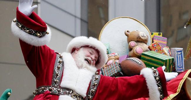 Mùa Giáng sinh, ông già Noel kiếm được bao nhiêu tiền?