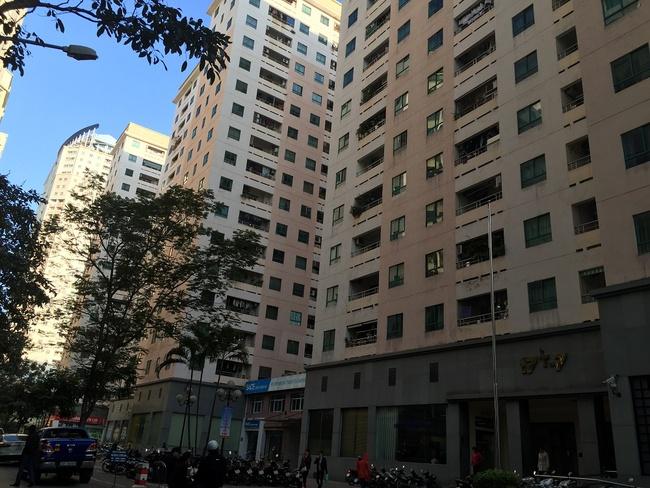 1km cõng 40 tòa nhà cao tầng: Dân nhà giàu rủ nhau bỏ khu chung cư cũ Trung Hòa Nhân Chính