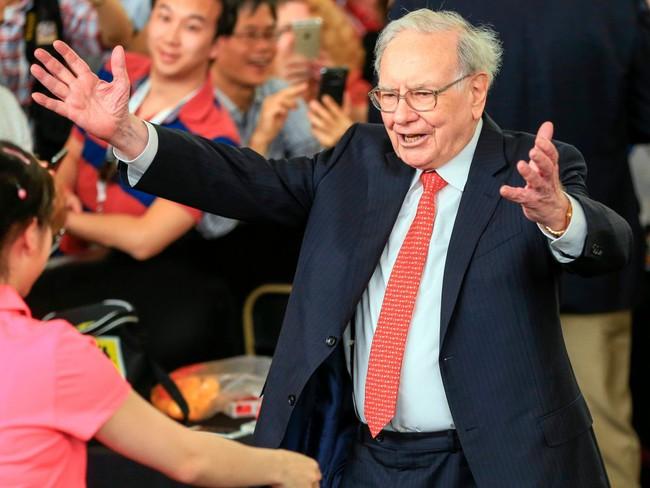 Bill Gates đặc biệt nhưng người bạn thân của ông - Warren Buffet - còn kỳ lạ hơn và cả 2 đều là tỷ phú giàu có bậc nhất!