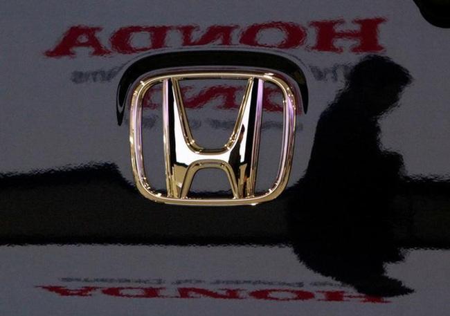 Người tiêu dùng chán mua xe thích 'đi nhờ', Honda vội vàng bắt tay hợp tác với Grab