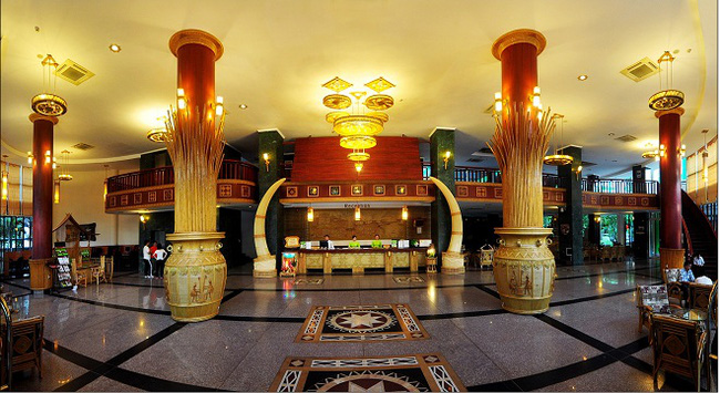 Bán đấu giá khách sạn Xanh Huế 243 tỷ
