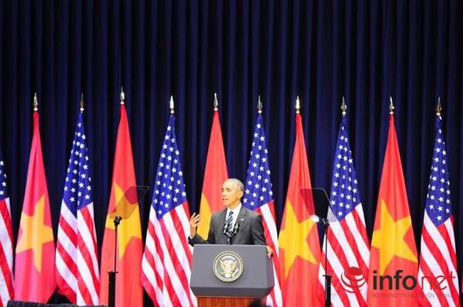 """Những câu nói """"chạm đến trái tim người Việt"""" của Tổng thống Obama tại Hà Nội"""