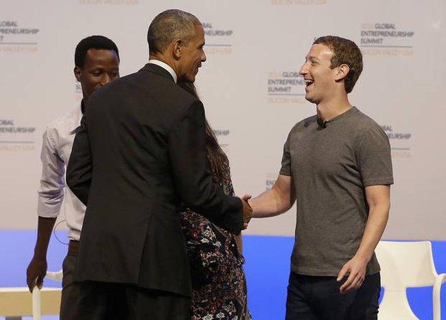 Ông Obama đã gặp riêng Mark Zuckerberg tại Peru, tính làm truyền thông sau khi rời Nhà Trắng