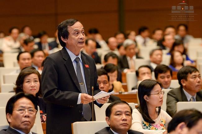 Quốc hội xem xét 2 dự án luật