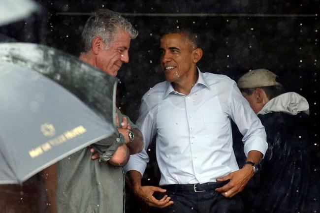 Nụ cười ông Obama và gót chân Asin ngành du lịch Việt
