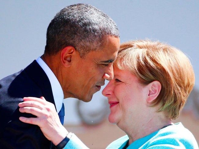 """Tình bạn """"hiếm có khó tìm"""" giữa Barack Obama và Angela Merkel qua 10 bức ảnh tuyệt đẹp"""