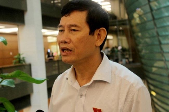 """Phó đoàn ĐBQH Quảng Bình nói về thu tiền hỗ trợ lũ lụt: """"Cán bộ thôn, xã không tham ô"""""""