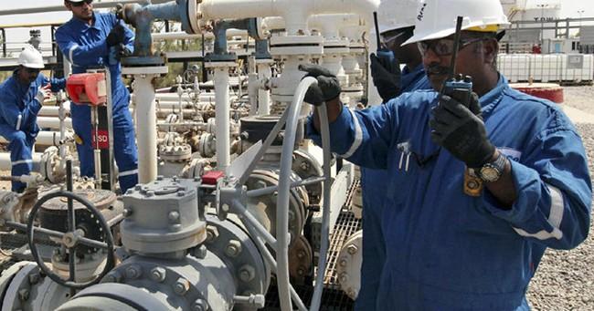 OPEC: Sản lượng khai thác dầu tháng 10 lại đạt mức kỷ lục