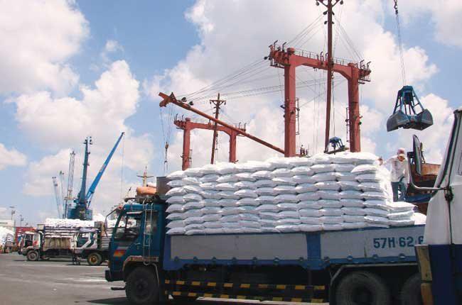 Siết kiểm tra nhiều mặt hàng nhập khẩu