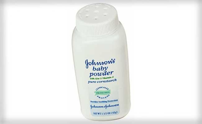 """Johnson & Johnson bồi thường hơn 70 triệu USD vì """"phấn rôm gây ung thư"""""""