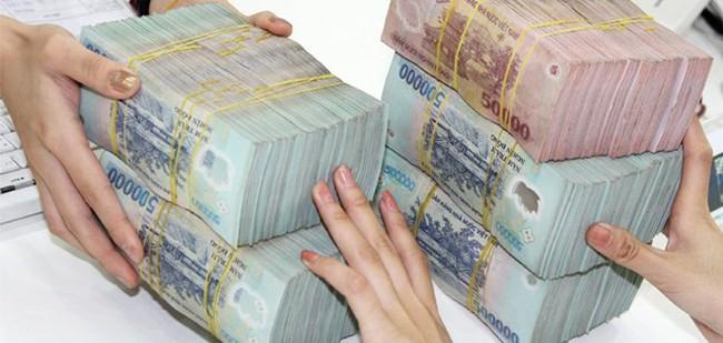 Phụ thuộc vay ngân hàng, ưu đãi nhà nước chảy vào doanh nghiệp lớn