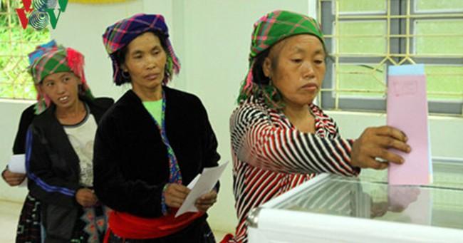 Bầu cử ĐBQH, HĐND: Thành công không chỉ ở số lượng cử tri đi bầu cao