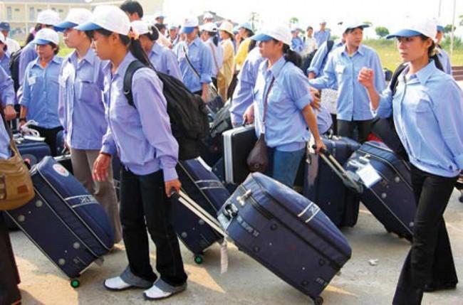 Hơn 10.000 lao động Việt Nam đi làm việc ở nước ngoài