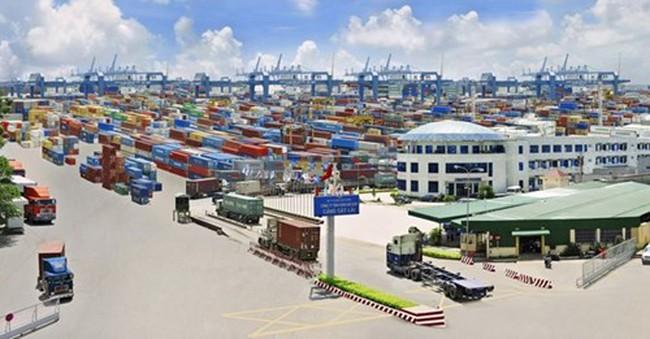 Việt Nam nhập siêu 500 triệu USD trong tháng 11