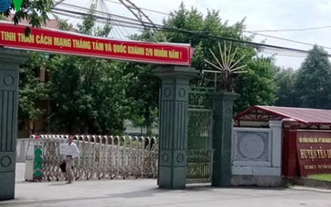 Loạn tuyển dụng công chức ở huyện nông thôn mới đầu tiên của Thanh Hóa